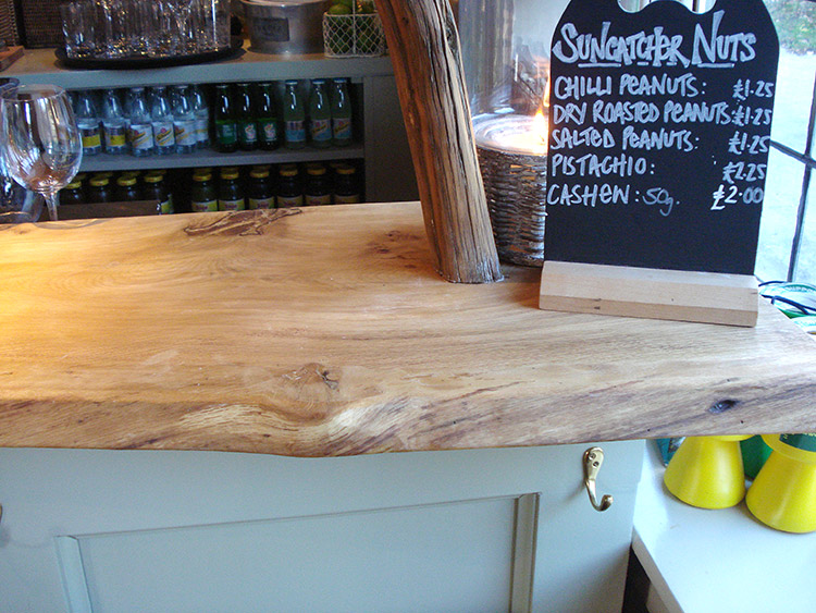 Gordleton-bar-top-(7)